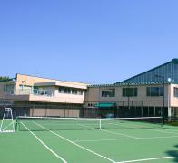 公益財団法人 吉田記念テニス研修センター 約3.9km(車6分)