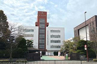 第一薬科大学 約540m(徒歩7分)