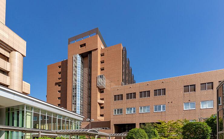 東京医科歯科大学歯学部附属病院 約430m