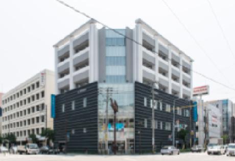 福岡銀行薬院支店 約320m(徒歩4分)