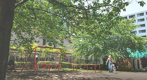 白高児童遊園 約630m(徒歩8分)
