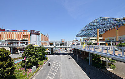「海老名」駅 東口街並み 約680m(徒歩9分)