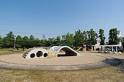 島田公園 約10m(徒歩1分)