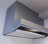 熱や衝撃に強く、お手入れも簡単なホーロー製キッチンパネル。