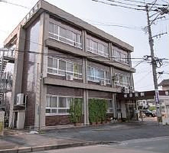 楢原小児科内科医院 約250m(徒歩4分)