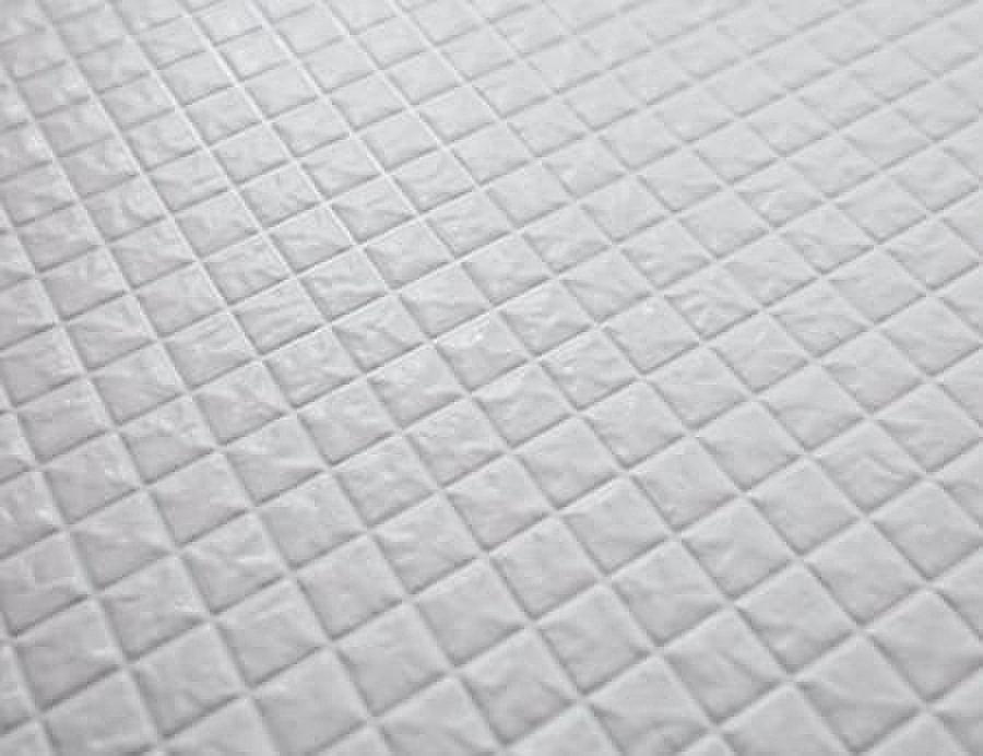 カラリ床(水はけがよく、乾きやすいカラリ床。汚れを残しにくくお手入れも簡単で、滑りにくい加工も施してあります。)
