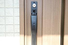 玄関ドア 1号棟