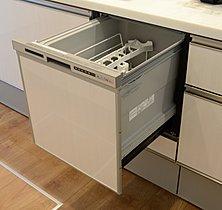 後片付けに便利な食器洗い乾燥機