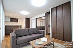 [3号地 内観]平成30年1月撮影 ※写真内の家具・調度品は価格に含まれません。