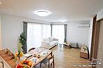 [3号地 内観]平成30年7月撮影 ※写真内の家具・調度品は価格に含まれません。