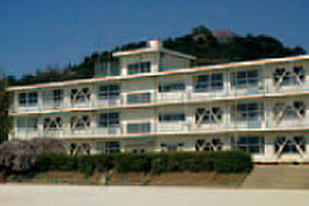 浅江小学校  (約650m:徒歩9分)