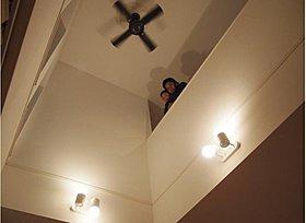 外断熱クルムの家は、大きな吹抜けでも快適。どうぞ体感ください