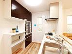 【3号棟】安らぎの和室には大きな物入がございます。客室や家事室としても活用できます。