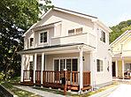 """[施工例]""""古き良きアメリカ""""を感じさせるシックな外観の北米風エコ住宅です。"""