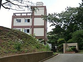 前原中学校 80m