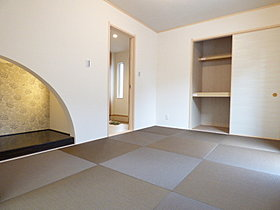 ◆和室(6畳)・・・琉球畳でモダンな空間に・・・♪
