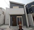 実際に建築したお家の外観になります。ここも全邸2階建ての建築だったんですよ!