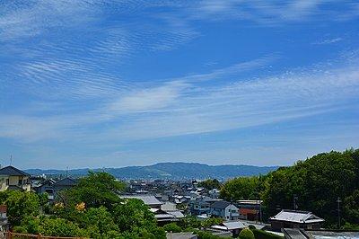 高台立地で眺望がよい、ゆとりある暮らしが叶う街。奈良県が制定する、豊かな自然環境や美しい景観を守るための「風致地区」にも指定されています。周囲の景観を守るだけではなく、良好な住環境を永く守ります。,,面積,価格1550~1780万円,近鉄難波・奈良線 「菖蒲池」駅 徒歩15分,近鉄難波・奈良線 「大和西大寺」駅 徒歩27分,奈良県奈良市疋田町3丁目