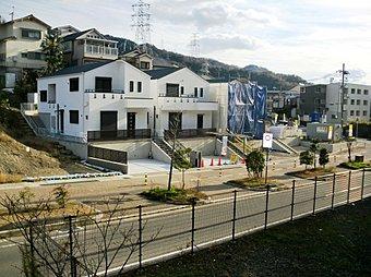 (4・5・6号地、現地写真)5号地モデルハウス!只今、オープンハウス開催中! 土地面積:178.65m22(54.04坪)  前面道路北西側13m!