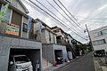 小田急線読売ランド前駅徒歩15分 LDKは23帖の広さに畳のある住まい