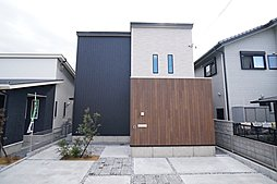 イワタ建設 岐阜市長良西 京セラ太陽光発電付き 新築分譲住宅の外観