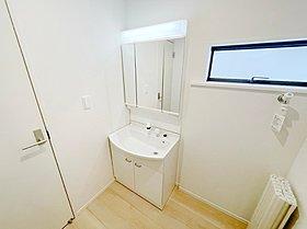 雨の日のお洗濯にも大活躍な浴室乾燥機付!