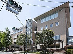 武蔵野市立大野田小学校・・距離約750m(徒歩10分)