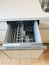 家事が楽になる食器洗い乾燥機は標準搭載です。