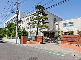 川口市立戸塚中学校