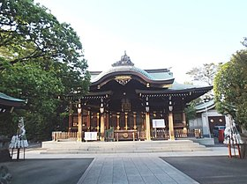 地域に愛される六郷神社。平安時代後期に創建されたようです。