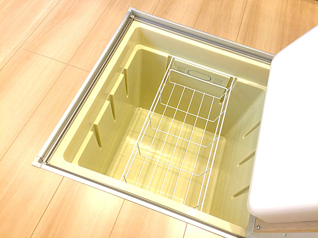【【床下収納】】ストックの食材や普段使わない調理器具・食器などを管理しやすく収納できます