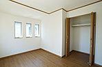ロフト付きの洋室や、収納力のあるクローゼットなど生活に役立つ設備が揃っています。