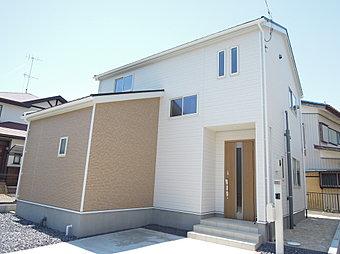 2号棟外観 快適さと機能性を追求した新築住宅が完成しました!見て・触れて・体感して!リアルな生活のイメージをつかみませんか?