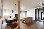当社新築施工例です。実家を感じさせるリビングです。和風なお部屋です。