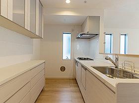 【kitchen】食器洗浄機、浄水器、カップボードを設置