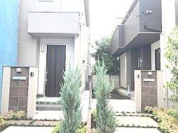 人気の【南林間】駅徒歩3分の整然とした住宅地の中に佇む新築です。