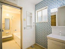 陽当りのよい部屋は家にいながら心も身体もリゾート仕様にします