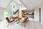 大きな吹き抜け、広いリビングなど思いのままにお家を建てられます♪ 当社施工例