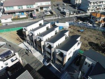 【現地写真 4号棟】複々線化の進む小田急線登戸駅から平坦な立地です。