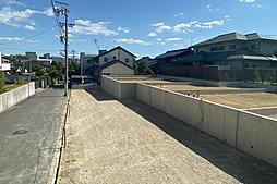 【現地写真】敷地37坪、日当たり良好、閑静な住宅街!駐車場並列2台可!
