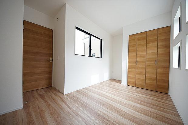 【洋室】1階 洋室5.5帖 クローゼット付き
