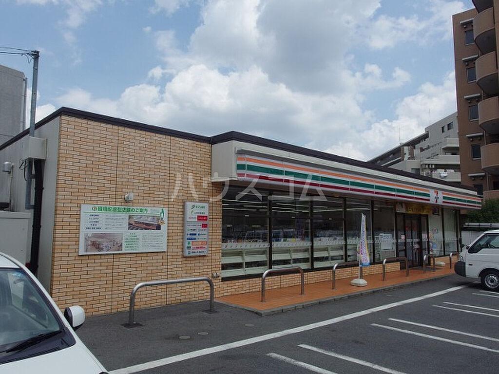 周辺(コンビニエンスストアセブン-イレブン多摩鶴牧2丁目店まで641m)