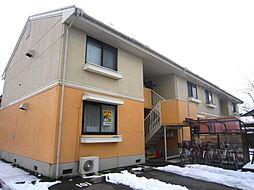 新潟県三条市島田3丁目の賃貸アパートの外観