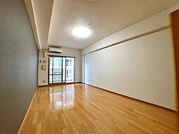 レジディア三宮東の洋室
