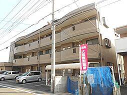埼玉県坂戸市泉町3-の賃貸マンションの外観
