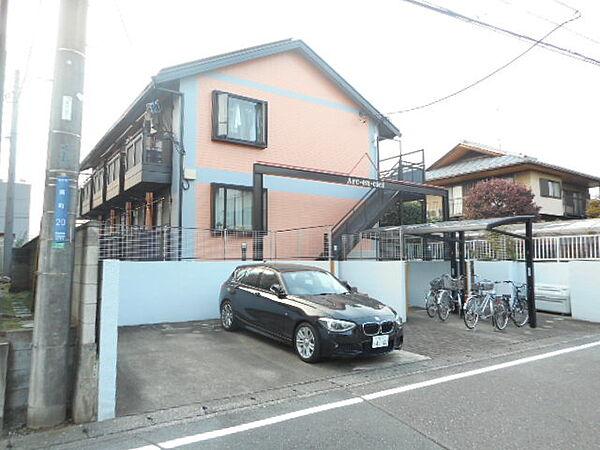 埼玉県坂戸市南町の賃貸アパートの外観