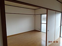 平川住宅 18[201号室]の外観