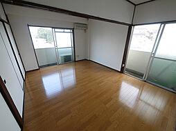 東京都世田谷区赤堤3丁目の賃貸マンションの外観