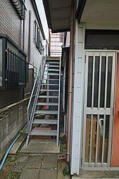 千葉県市川市稲荷木1丁目の賃貸アパートの外観