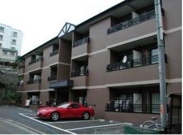 神奈川県横浜市青葉区千草台の賃貸マンション